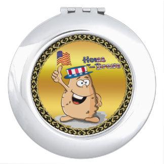Miroirs De Voyage Pomme de terre patriotique avec le casquette