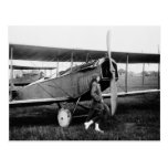 Mlle Katherine Stinson et son avion de Curtiss Cartes Postales