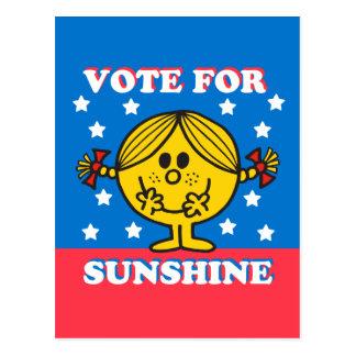 Mme Sunshine Election - vote pour le soleil Carte Postale