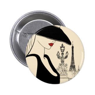 Mode vintage chique à Paris Pin's