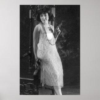 Mode vintage de l'aileron des femmes des années 19 posters