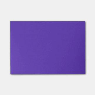 Modèle de couleur de tendance du pourpre 2015 de