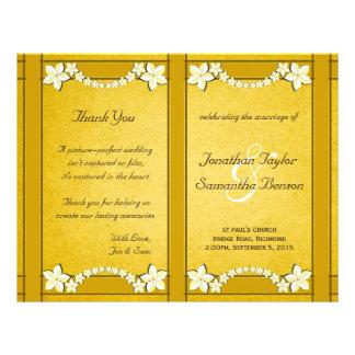 Modèle floral de programme de mariage d'or prospectus 21,6 cm x 24,94 cm