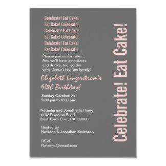Modèle gris et rose de quatre-vingt-dixième carton d'invitation  12,7 cm x 17,78 cm