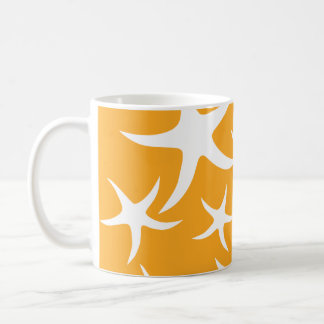 Modèle orange et blanc ensoleillé d'étoiles de mer mug