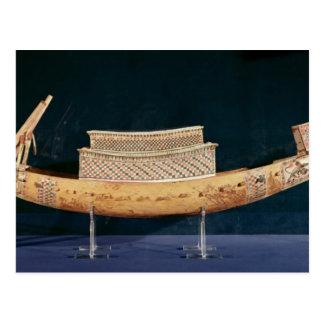Modèle réduit d'un bateau de la tombe carte postale