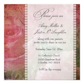 Modèle romantique mou floral et de perle carton d'invitation  13,33 cm