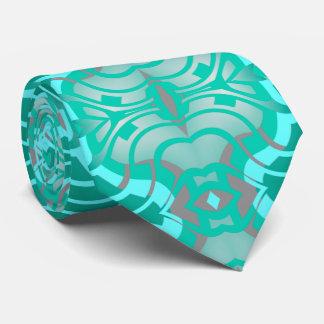 Modelez la cravate pour