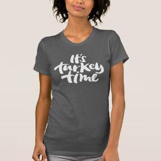 Moderne son lettrage de thanksgiving de temps de t-shirt