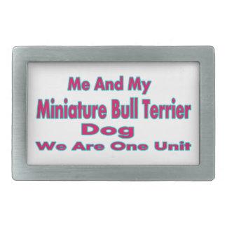 Moi et mon chien miniature de bull-terrier boucle de ceinture rectangulaire