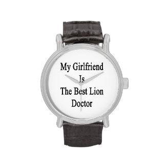Mon amie est le meilleur docteur de lion montres bracelet