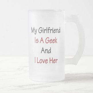 Mon amie est un geek et je l'aime tasse à café