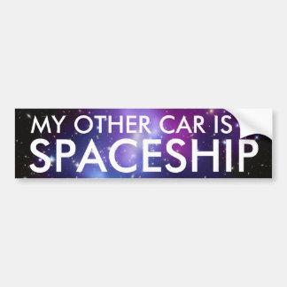 Mon autre voiture est un vaisseau spatial autocollant de voiture