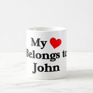 Mon coeur appartient à John Mug Blanc