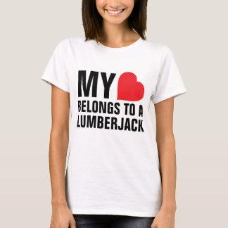 Mon coeur appartient à un bûcheron t-shirt