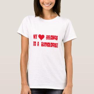 Mon coeur appartient à un radiologue t-shirt