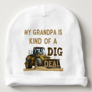 Mon grand-papa est un peu une affaire de FOUILLE Bonnet De Bébé
