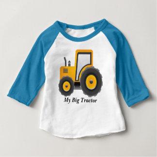 MON grand T-shirt de raglan de douille de tracteur