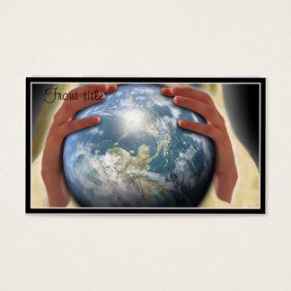Monde entier dans des ses mains cartes de visite