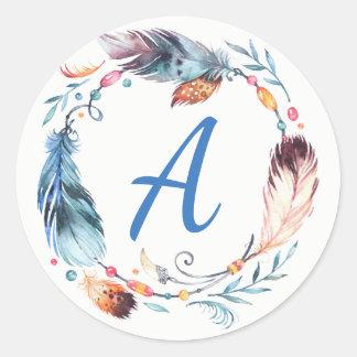 Monogramme bleu et rose de plume d'aquarelle sticker rond