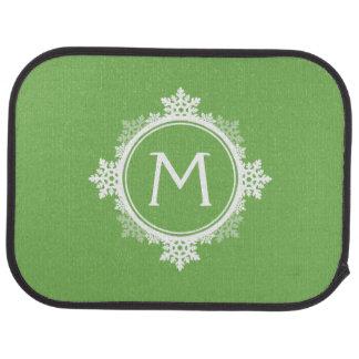 Monogramme de guirlande de flocon de neige en vert tapis de sol