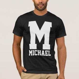 Monogramme de Letterman de fac T-shirt