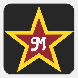 Monogramme fait sur commande simple d'étoile rouge sticker carré