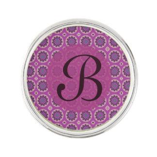 Monogramme floral assez rose de motif pin's