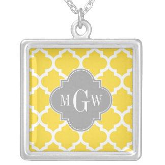 Monogramme initial du gris 3 marocains de l'ananas pendentif carré