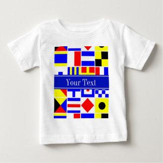 Monogramme nommé royal coloré de drapeaux de t-shirt pour bébé