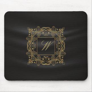 Monogramme ornemental de cadre sur la soie noire tapis de souris