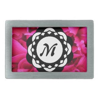 Monogramme rose de pétales de fleur boucle de ceinture rectangulaire