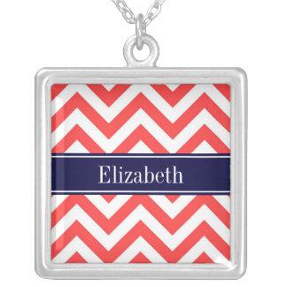 Monogramme rouge de corail de nom de bleu marine pendentif personnalisé