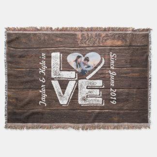 Monogramme rustique de cadre de coeur de photo de couvre pied de lit