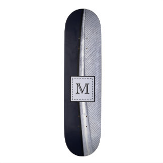 Monogramme sophistiqué de plume de marine et d'arg plateau de skateboard