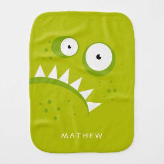 Monstre vert effrayant drôle fâché grincheux linges de bébé