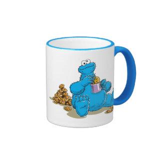 Monstre vintage de biscuit mangeant des biscuits mug ringer