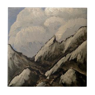 Montagne couronnée de neige petit carreau carré