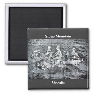 Montagne en pierre, la Géorgie Aimant