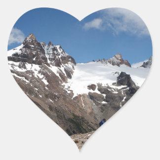 Montagnes de parc national de glacier, Argentine 2 Sticker Cœur