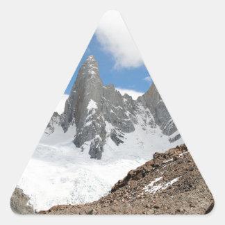 Montagnes de parc national de glacier, Argentine Sticker Triangulaire