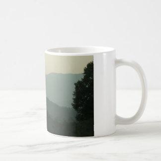 Montagnes d'OR Mug