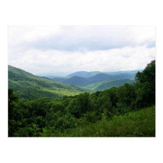 Montagnes fumeuses carte postale