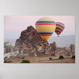 Monte en ballon l'affiche de vol poster