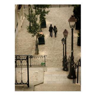 Montmartre fait un pas carte postale