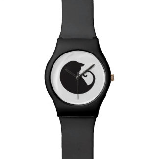 Montre de chat noir