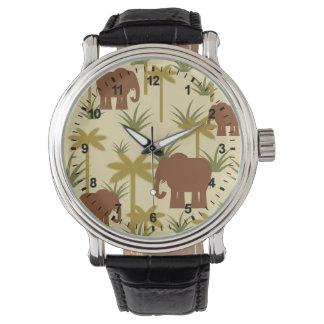 Montre Éléphants et paumes dans le camouflage