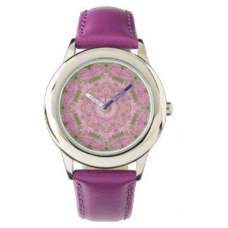 Montre florale vintage de mandala de plaisir rose
