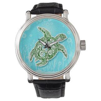 Montre Tortue de mer verte sous-marine