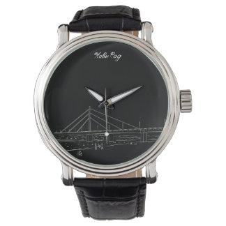 Montres Bracelet Croquis noir élégant de pont de liberté de Novi
